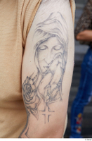 Street  692 arm tattoo 0010.jpg